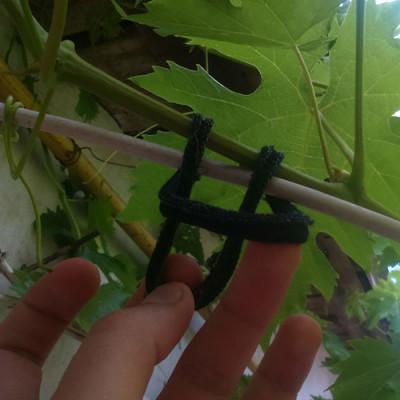 Knitted grape garter rings